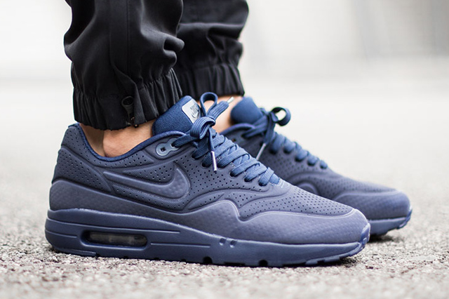 Nike-Air-Max-1-Ultra-Moire-Navy-6