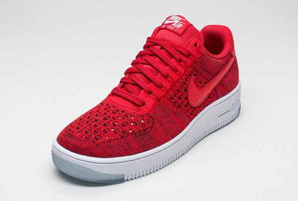 red-nike-flyknit-ultra-air-force-1-low-02_o343zp