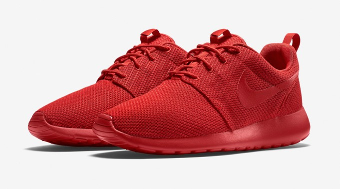 red-nike-roshe-run-3-681x378
