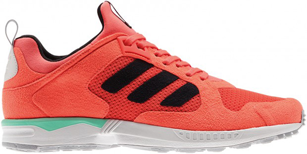 ADIDASORIGINALS_RUNTHRUTIME_FW13-BEAUTY-90-zx5000-1-lateral