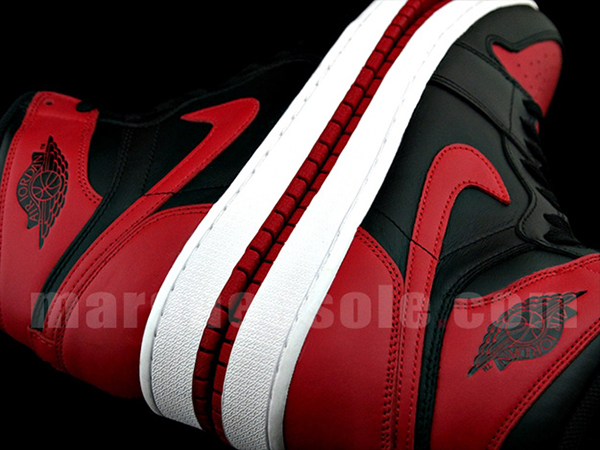 Air-Jordan-1-OG-Black-Red-par-encontrados