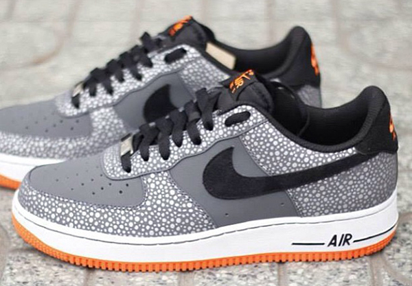 Nike-Air-Force-1-SAFARI-PAR-LATERAL