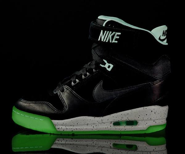 Nike-Air-Revolution-Sky-Hi-LOVERUTION-GLOW