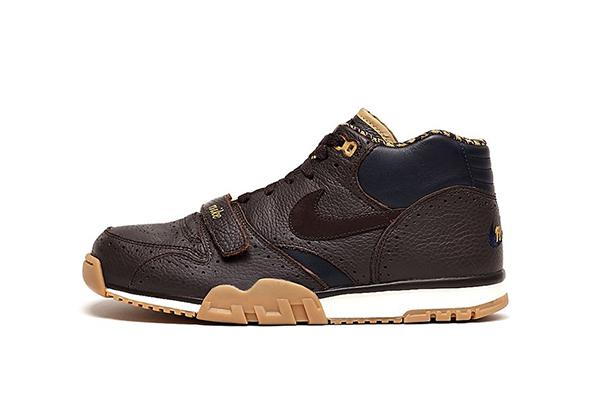 Nike-Air-Trainer-1-Premium-QS-Velvet-Brown-Dark-Obsidian-lateral