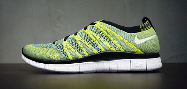 Nike-Free-Flyknit-lateral-verde
