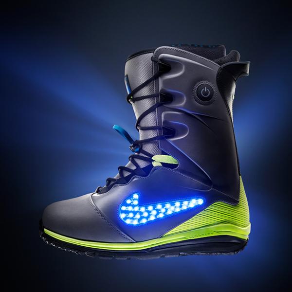Nike-Lunarendor-QS-Snowboard-Boot-lateral