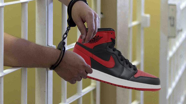 Preso por vender zapatillas truchas!
