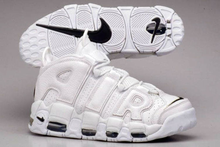 "Nike Air More Uptempo ""White / White - Navy"""