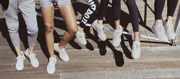 Nike Beautiful x Powerful 2017