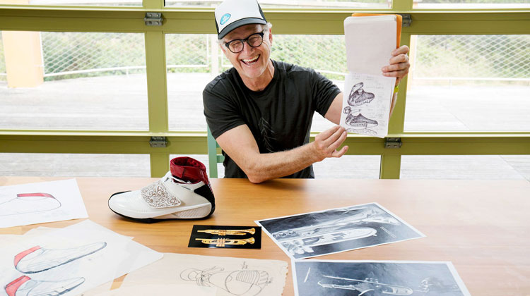 Tinker Hatfield documental Abstract: the art of design